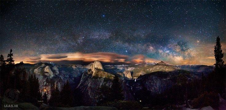 کمان راه شیری بر فراز دره یوزمیت در کالیفرنیا از روگلیو برنال اندرو
