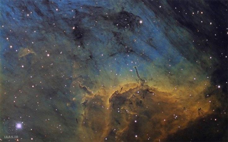 تولد ستارههای آبی از ابرهای گازی سحابی پلیکان در تصویر آندر وان در هوون