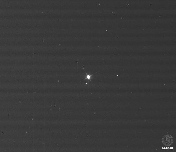 تصویر خام زمین و ماه از نگاه کاسینی با فیلتر سبز