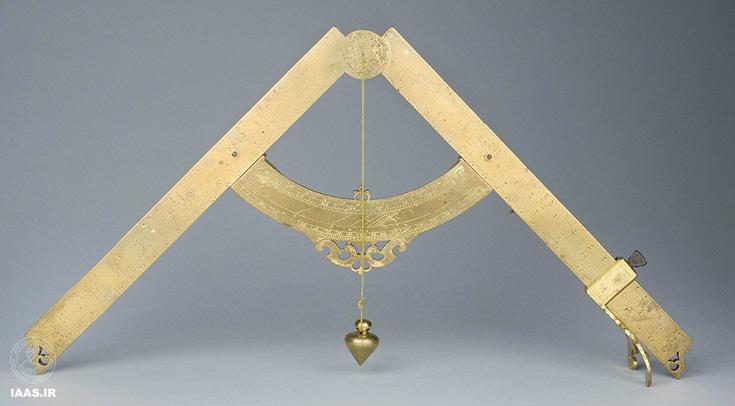 پرگار نظامی، یک  نقاله  هندسی/نظامی  بود که توسط گالیلیو گالیله طراحی شد.