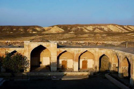 نمای داخلی کاروانسرای قصر بهرام