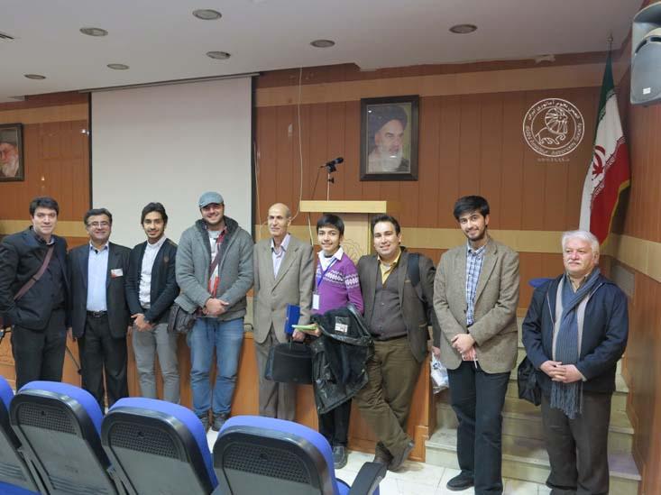 عکس یادبود دوستانه با اساتید