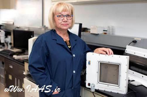 مارتا ویلیامیز در مرکز فضایی کندی و مدیر این پروژه