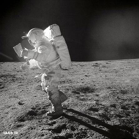 تصویر میچل بر سطح ماه