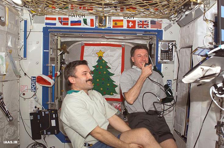 الکساندر کالری و مایکل فول در ایستگاه بین المللی فضایی