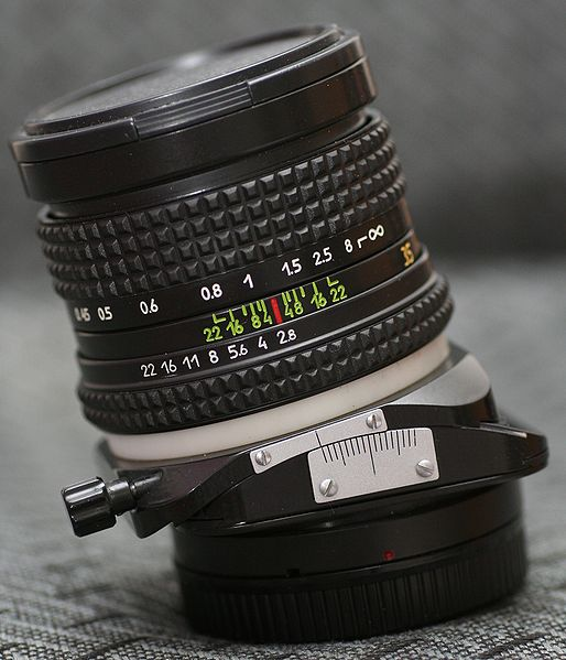 لنز عکاسی